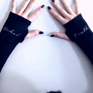 yoga-wrist-warmers