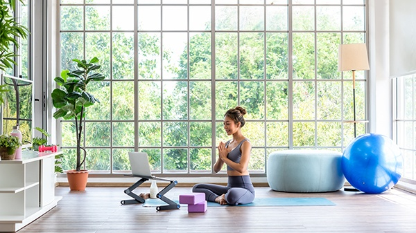there is a lot of benefits of choosing the online yoga programs now in Vancouver